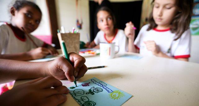 TCU: Educação no Brasil está longe de atingir níveis da OCDE